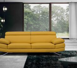 Model 190 verkrijgbaar in verschillende stoffen alsook in verschillende kleuren leder.